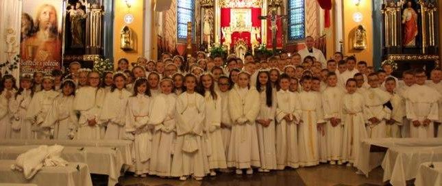 6521a455fe Pierwsza Komunia Święta w naszej parafii - Wiadomości - Parafia pw ...